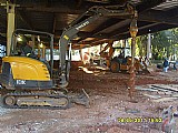 Perfuratrizes de solo,  brocas,  trados,  fundacoes,  postes,  aluguel de mini retroescavadeiras
