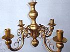 Lustre dourado ferro