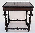 Mesa auxiliar em madeira