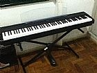 Piano digital yamaha p-95