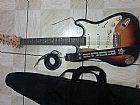 Guitarra chinesa com acessorios