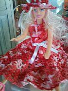Roupinhas em croche para bonecas ipo barbie.