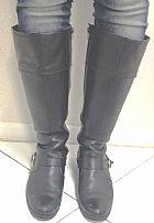 Bota cano alto preta tamanho 39