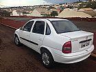 Corsa classic,  sedan,  4 portas,  cor branca,  ano 2004