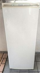 Geladeira eletrolux r250 branca usada  em sao paulo