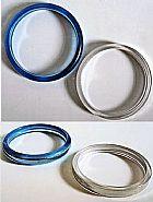 2 braceletes perolados irisados cores turquesa e translucido