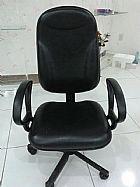 Cadeira giratoria presidente com abs