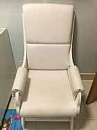 Cadeira de balanco para amamentacao hospital super conservada