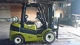 Vendo empilhadeira clark c30 usada