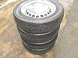 Fusca roda ferro original aro 15 pneu usado goodyear calota metal