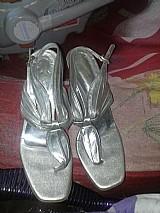 Sapato salto alto prata para festa