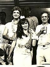 Roberto e miriam rios no camarote antes de desfilar pela escola de samba unidos de cabucu em 1987