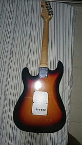 Vendo guitarra mg22