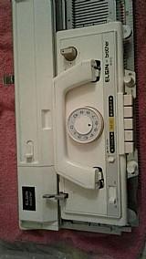 Maquina de tricô elgin 840 - seminova com manual