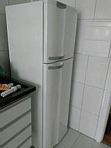 Geladeira frost-free novinha da eletrolux 260l