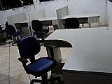 Fundo de escritorio  1estacao telemarktg  2 lugares,  2mesas suporte,  1 mesa chefe em l,   chame watsap