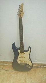 Guitarra crafter junior confort series