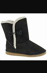 Adquira agora mesmo sua bota,  super quente e confortavel para aguentar este frio que so esta comecando.