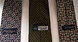 Conjunto 3 gravatas de diversas marcas