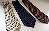 Gravatas estampadas de varias cores