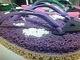 Sandalias de kapacho vinil artesanal que massageiam seus pes