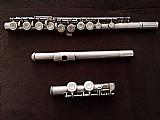 Flauta transversal,  modelo yfl-23,  yamaha,  couros em perfeito estado!