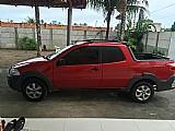 Fiat strada vermelho 2014