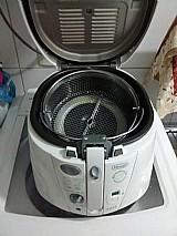 Fritadeira eletrica pouco usada