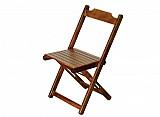 Cadeira dobravel de madeira com verniz