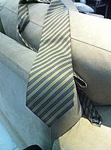 Gravata original em seda pierre cardin classica elegante sem uso comprada e nao usada