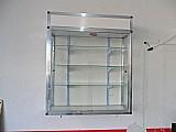 Vitrine de parede c/ vidros temperados