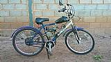 Bicicleta motorizada azul usada