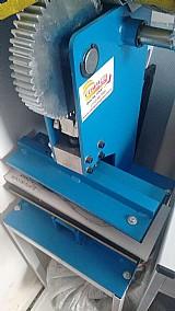 Maquina de fabricar chinelos e estampa camisetas ou capa cel