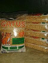 Areia de gato madeira ecologica peletizado gatus 14 pacotes