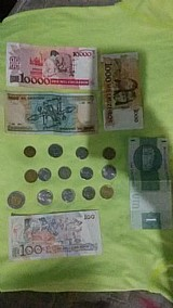 Vendo 4 cedulas antigas brasileiras e 14 moedas antigas estrangeiras