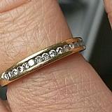 Alianca com diamantes barata de exceleste qualidade