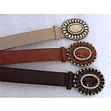 Kit com 3 cintos feminino de couro,  preto marrom e bege    1 opiniao   novo   50 vendidos