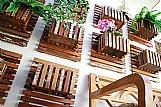 Painel de madeira de demolicao para jardim vertical cachepo