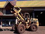 Pa carregadeira usada case w18 articulada ano 90