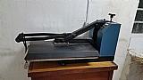 Maquina de estampar camisetas - rimaq. com mesa.