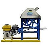 Moenda de cana tradicional b721 com motor eletrico e rolos de inox