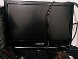 Monitor samsung 15 p,  em perfeito estado de conservacao;