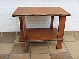 Pequena mesa lateral em peroba do campo - anos cinquenta