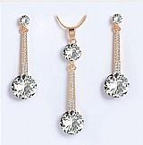 Conjunto luxuoso colar e brincos dourados