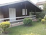 Terreno 1000 m2 com casa de madeira de 110 m2 aproveitavel