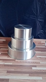 Jogo com 3 formas redondas em aluminio 8 cm de altura