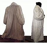 3 casacos de couro em estado de novos