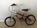 Bicicleta infantil com rodinhas para adicionar