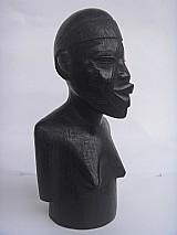 Busto africano em ébano - figura de mulher