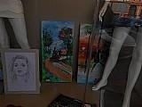 Faco desenho de retrato à lapis e pintura em tela,  entalhe em madeira.